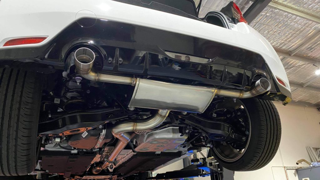 Catback exhaust: GRP Engineering – Toyota GR Yaris 3″ to Twin 2.5″  Stainless Steel – Yaris GR Store